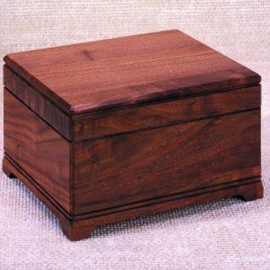 Urns - Hardwood